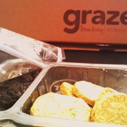 Graze: Cheese & Chive Oatbakes